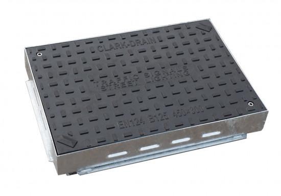450 X 300 X 70MM B125 COMPOSITE MANHOLE COVER and FRAME CD262/SF/10